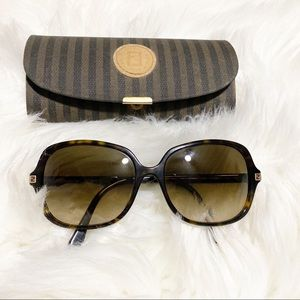 Fendi FS5110k 001 Sunglasses